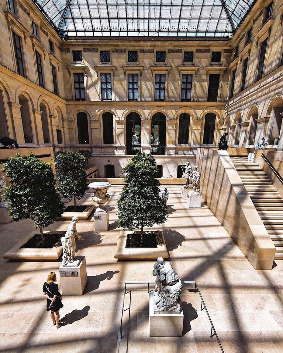Musee Du Louvre Museum Seni Paris
