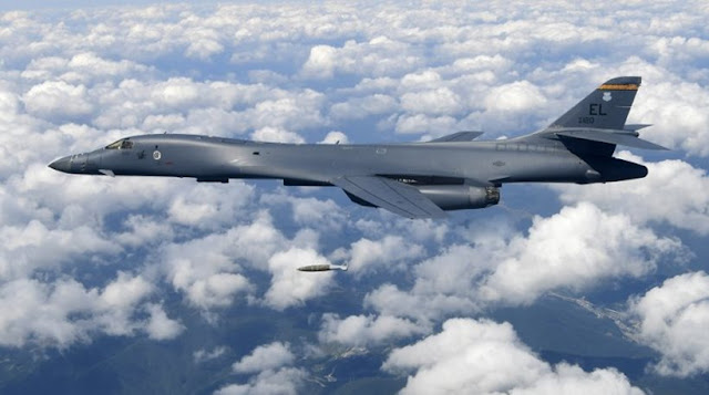 Αμερικανικά βομβαρδιστικά πάνω από την Βόρεια Κορέα