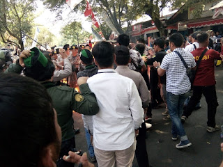 Aksi Unjuk  Rasa OKP Cipayung Plus  di Kantor DPRD  Cianjur Berakhir Bentrok