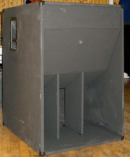 Tampilan speaker Horn Folded tanpa lubang udara
