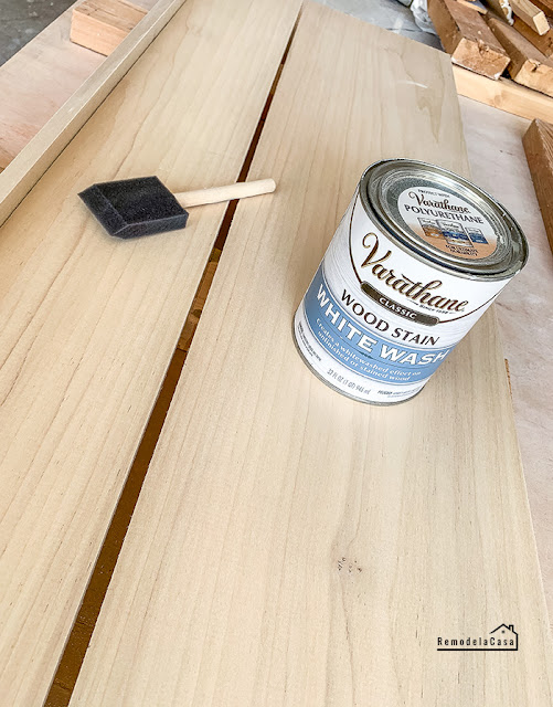 how to build a bench for mudroom