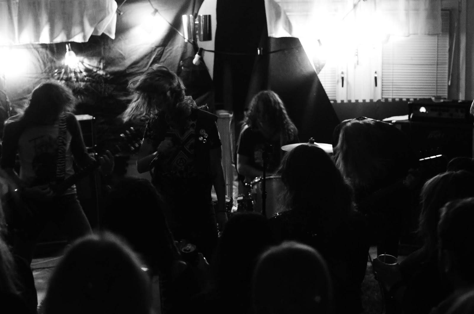 Disoktoberfest: Zyfilis, Ruinas, Contorture & Heavy Bleeding