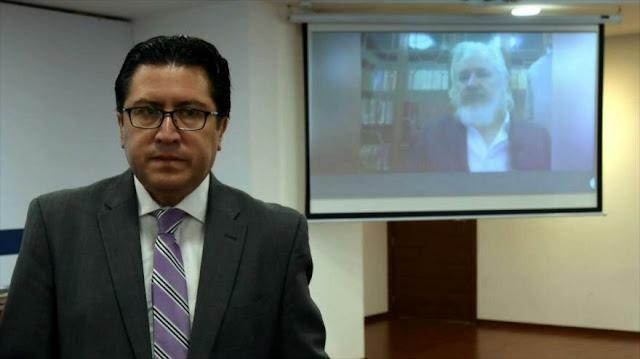 """Julian Assange sufre """"malos tratos"""" en prisión británica"""