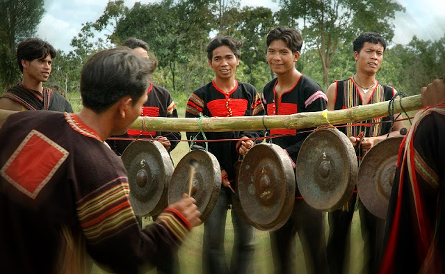 Part 2: Traditional custom of Vietnamese ethnics on Tet holiday 6