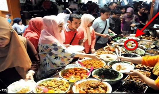 Wanita Ini Ungkapkan Pengalaman 'Mengerikan' Datang Ke Rumah Makan Yang Gunakan Penglaris