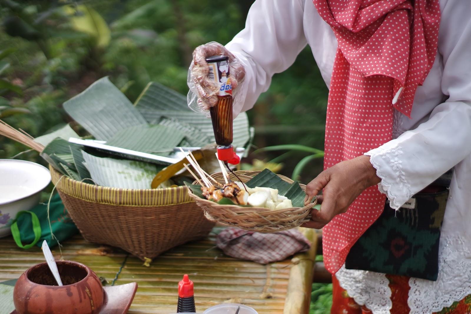 Serunya Wisata Alam Dan Kuliner Di Pasar Pancingan Lombok Jalan Jalan Makan Makan