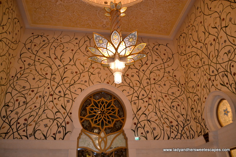 The Majestic Sheikh Zayed Grand Mosque Lady Amp Her Sweet