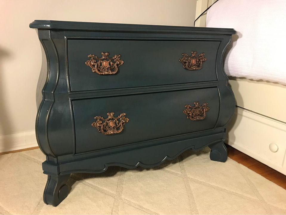 chicago vintage furniture finds