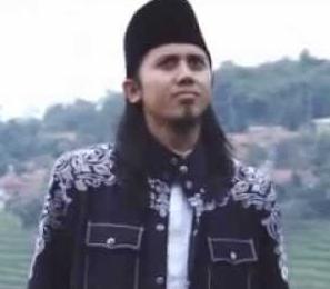 Biodata Biografi Profile Ustad Fuad Terbaru and Lengkap