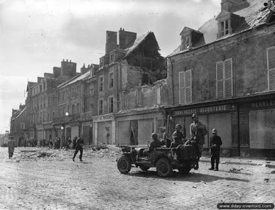 STRETCH GOAL £1500 OPENED CARENTAN CENTER STREET SET PACK 2 picture 3