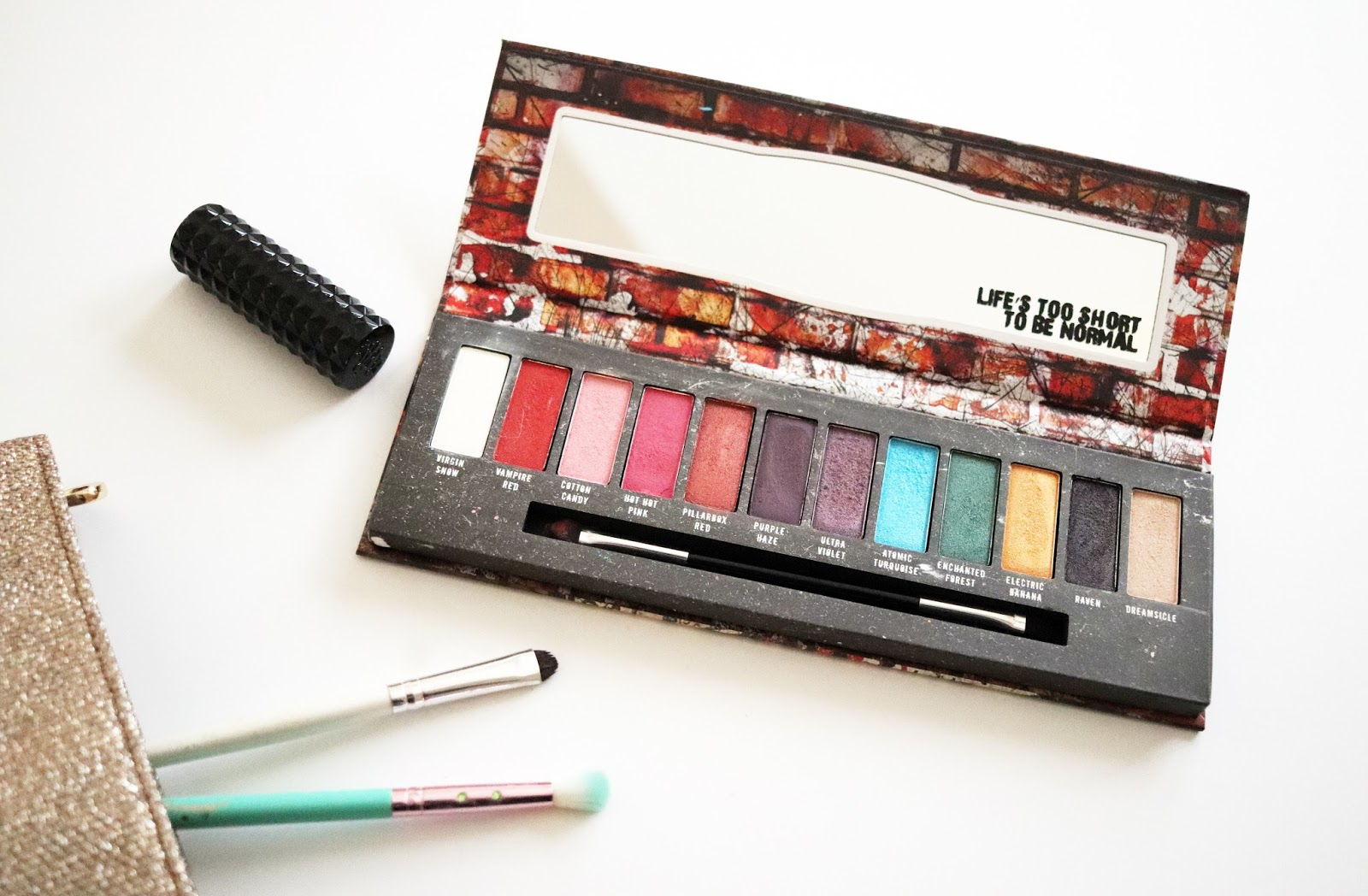 hot topic manic panic amplified eyeshadow palette