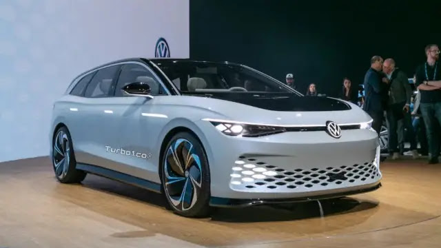 فولكس فاجن الكهربائية VW ID Space Vizzion على ارض الواقع قريبا