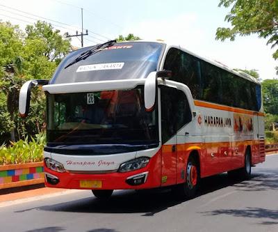 Foto Bus Harapan Jaya 512