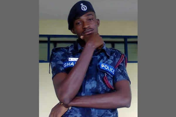 The policeman commits suicide at the service station