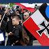 Cómo Facebook protege a los neonazis