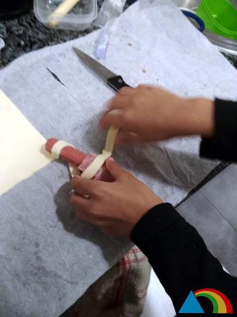 Preparando momias de hojaldre