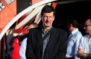 تيري فروجيي المدرب الجديد لاتحاد الجزائر بعد اقالة سيكوليني