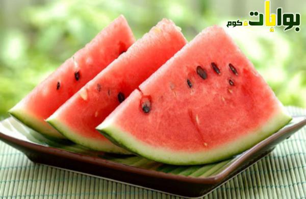 كيف تعرف الفرق بين البطيخ المسرطن والبطيخ السليم؟