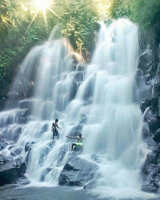 Tempat Wisata Selain Pantai di Bali yaitu Air Terjun Kato Lampo