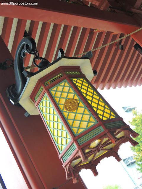 Lámparas del Salón Principal del Templo Sensoji
