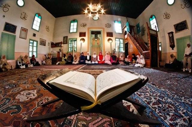 Muslimani večeras obilježavaju Lejletul-Bedr