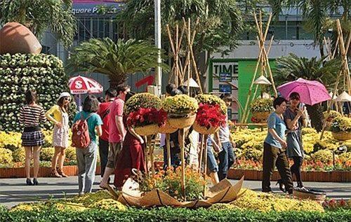Hà Nội hay Sài Gòn, ở đâu 'dễ sống' hơn?