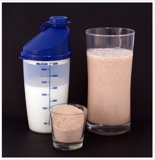 Benefits of High Protein Diet and Building Muscle Supplement