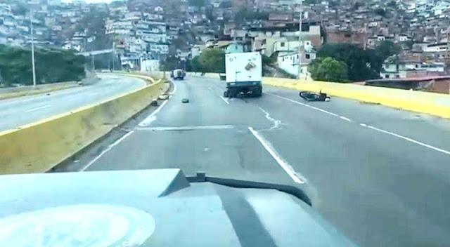 ¡VIVOS DE MILAGRO! QUESEROS CAROREÑOS QUEDARON ATRAPADOS EN TIROTEO EN CARACAS
