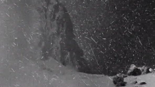 """Показали неймовірний """"снігопад"""" на поверхні комети"""