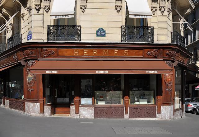 witryna butiku Pierre'a Hermé