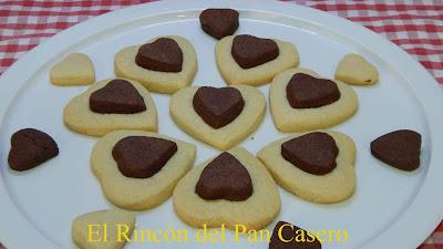 Receta fácil de galletas de corazón bicolor muy originales para San Valentín