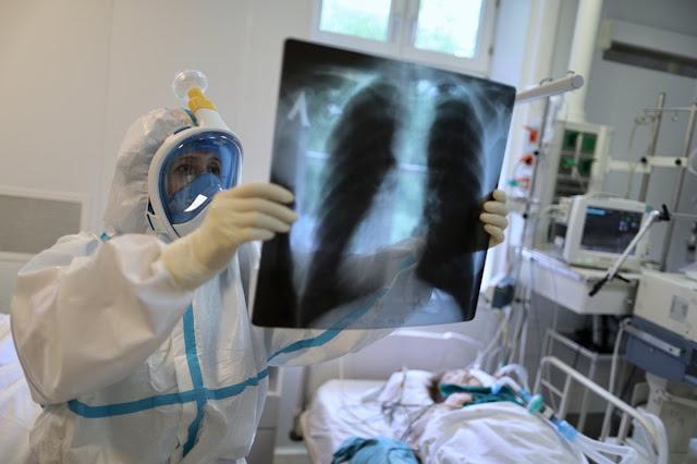 Вирусолог заявил, что при повторном заражении коронавирусом болезнь будет протекать легче