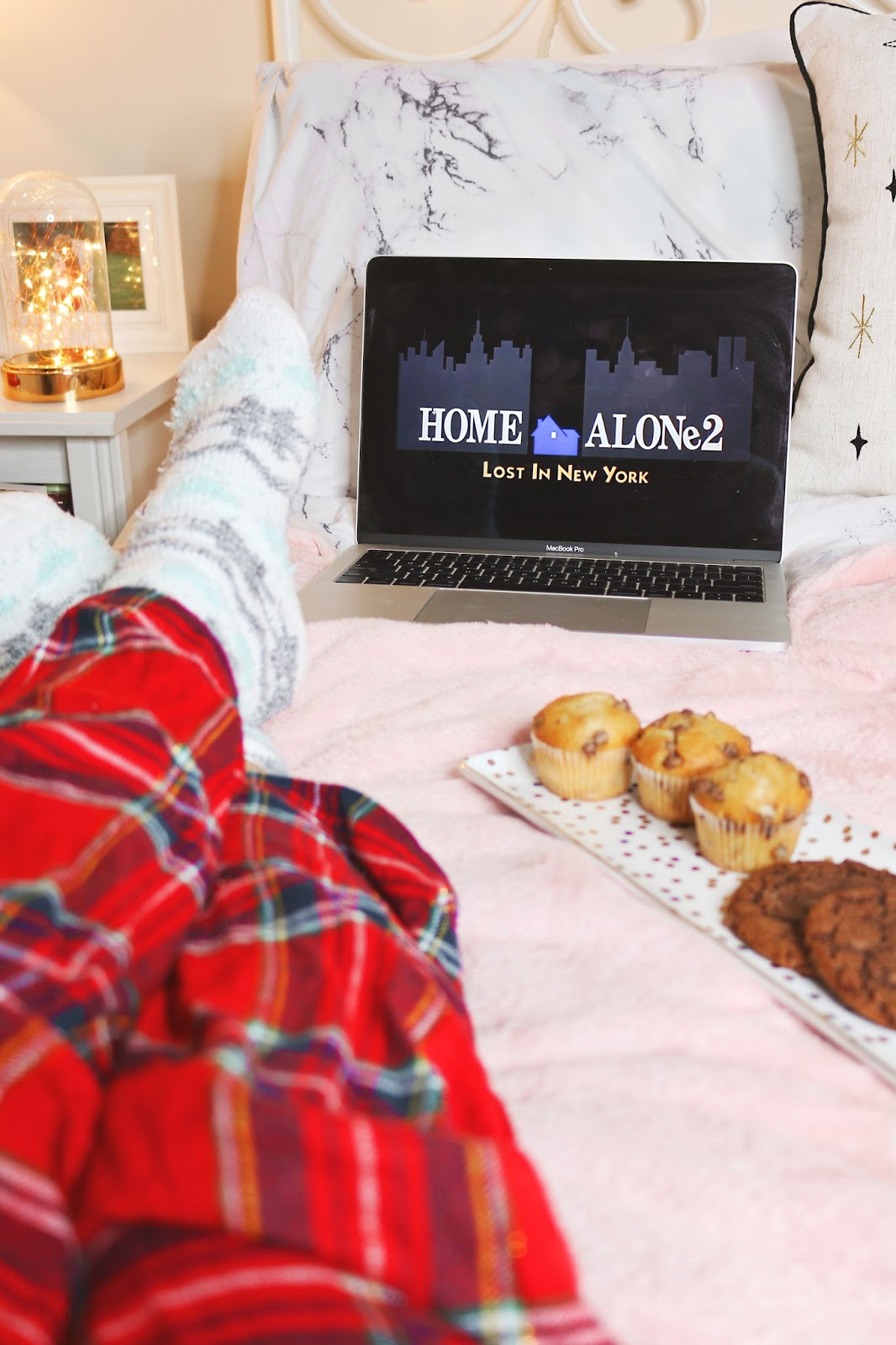 Blogmas, Christmas, Lists, Lifestyle, my fave christmas things, cosy afternoon, homealone
