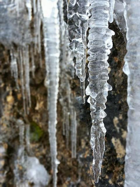 Los CANALOBRES son los témpanos de hielo.