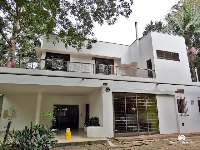 Vista ampla dos fundos da Casa Modernista - Vila Mariana - São Paulo