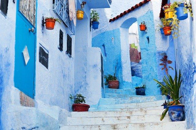 Stroll the beautiful street of Chefchaouen