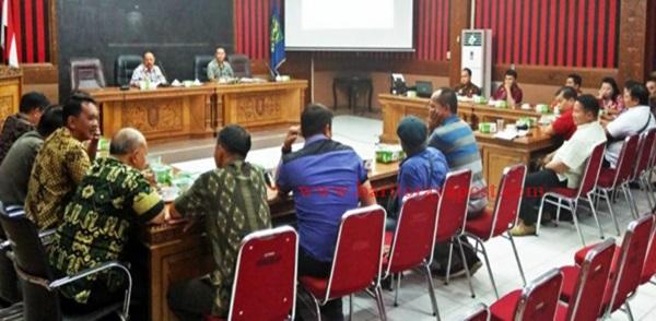 Wabup Sanggau Pimpin Rapat Persiapan Keikutsertaan Seminar Internasional Napak Tilas Tumbang Anoi