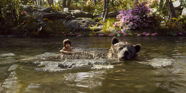 Neel Sethi em MOGLI: O MENINO LOBO (The Jungle Book)