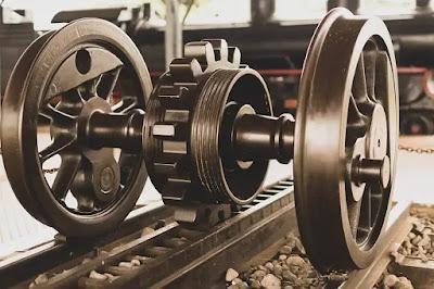 roda kereta api