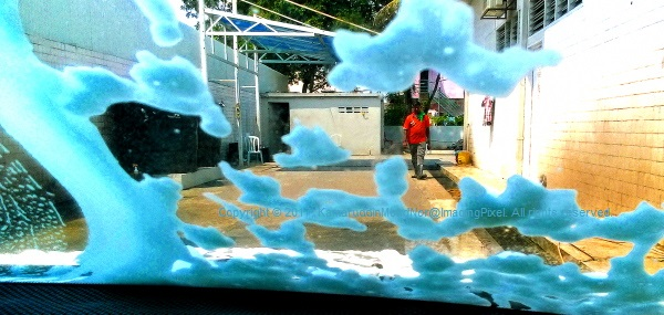 Mobile Photography, Scenes At The Car Wash 02