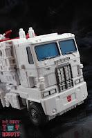Transformers Kingdom Ultra Magnus 59