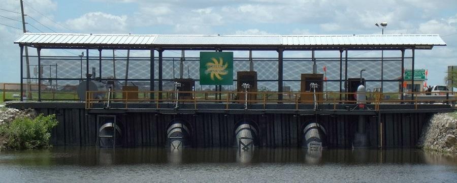 Canales y estructuras de control de aguas