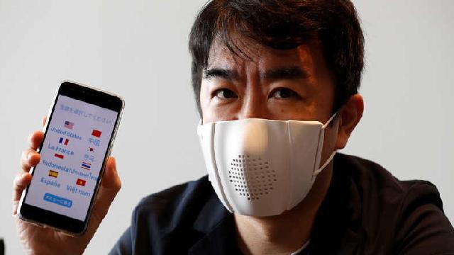 شركة دونات روبوتيكس اليابانية تعلن عن كمامة ذكية تدعم الترجمة إلى 8 لغات !