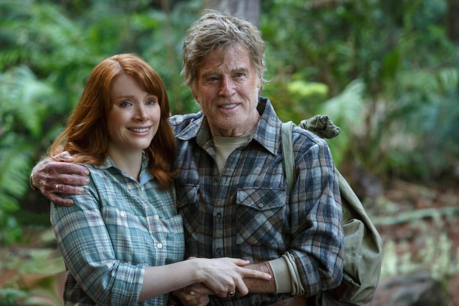 """Bryce Dallas Howard y  Robert Redford en """"Peter y el Dragón"""""""