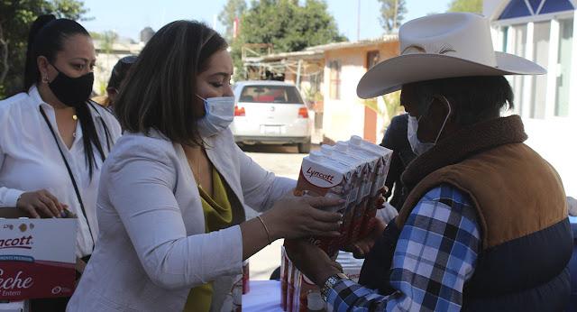 DIF El Marqués entregó 17 mil 700 litros de leche a 4,425 ciudadanos