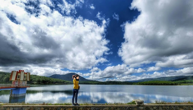 Tuyen Lam Lake tourist site becomes national tourism site 2