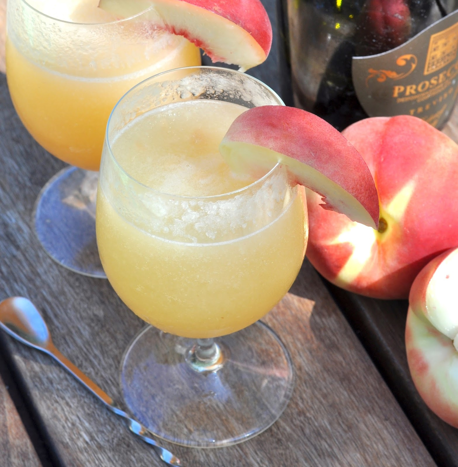 Cooking With Manuela: How To Make Italian Bellini Cocktail