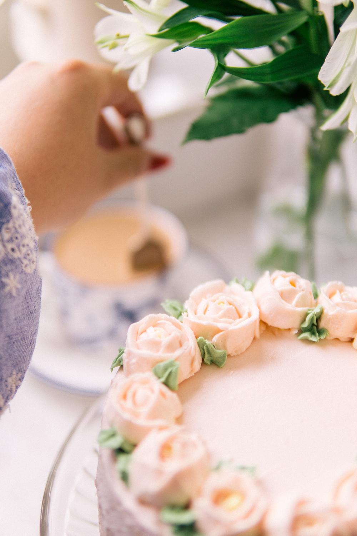 strawberry-rose-naked-cake-recipe