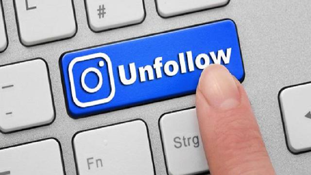 Twitter Unfollowing Ozelligi