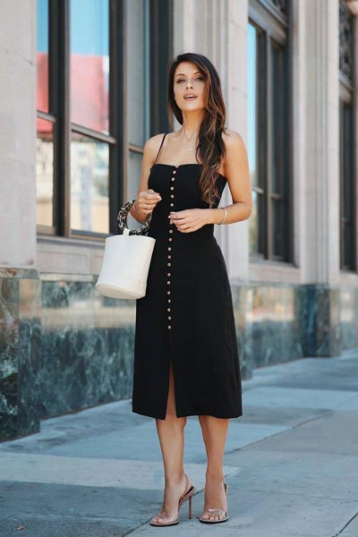 19 Preppy Fall Inspired Outfits to Try this Season | Dex Midi Dress + Sandals